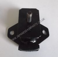 Toyota Hilux 2.2 Petrol Pick Up YN67 MK2 (08/1986-07/1988) - Front Engine Mounting Rubber